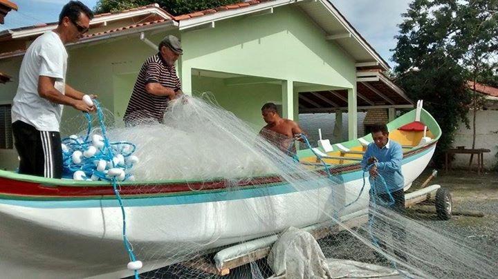 Pesca é liberada e área de surfe sofrerá restrições