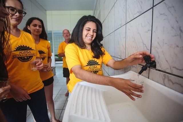 Água do bairro é captada e tratada pelos moradores - Daniel Queiroz/ND