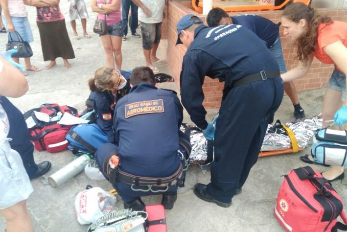 Assalto no Morro das Pedras deixa homem gravemente ferido.